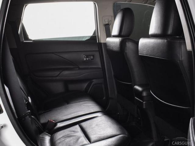 Renault Sandero Stepway (82 л.с.)